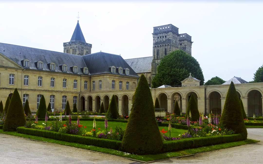 Journée mondiale des réfugiés à Hérouville-Saint-Clair (Calvados)